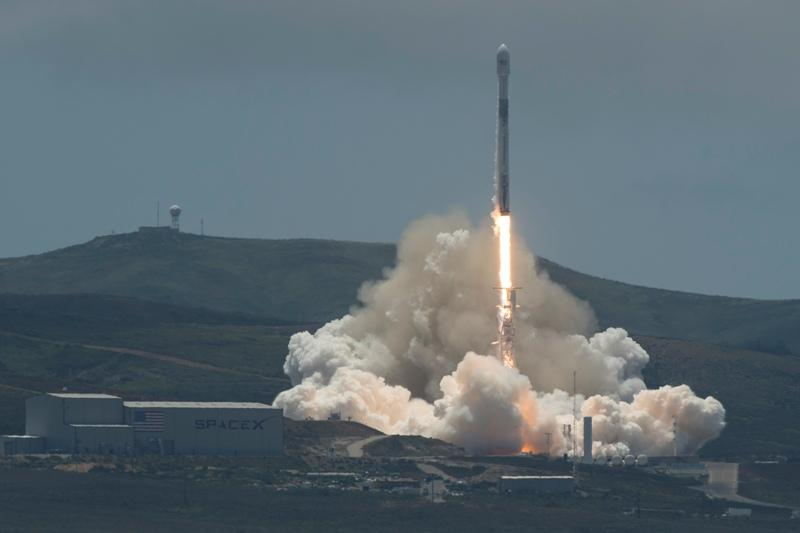 SpaceX Falcon 9 rocket from Space Launch Complex 4E Vandenberg Air Force Base